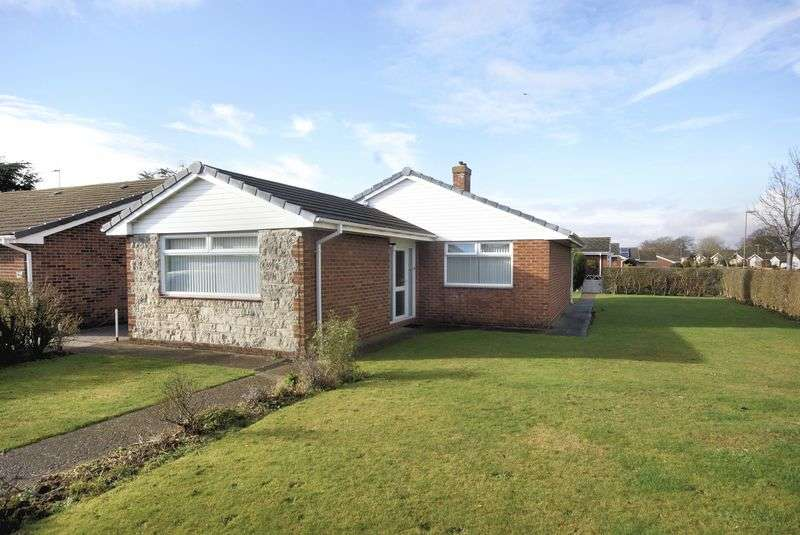 3 Bedrooms Detached Bungalow for sale in Stradbrook, Gosport