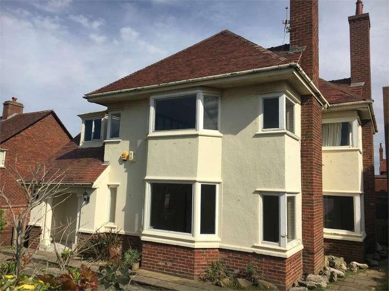 4 Bedrooms Detached House for sale in Sandgate, Lytham St Annes, FY8