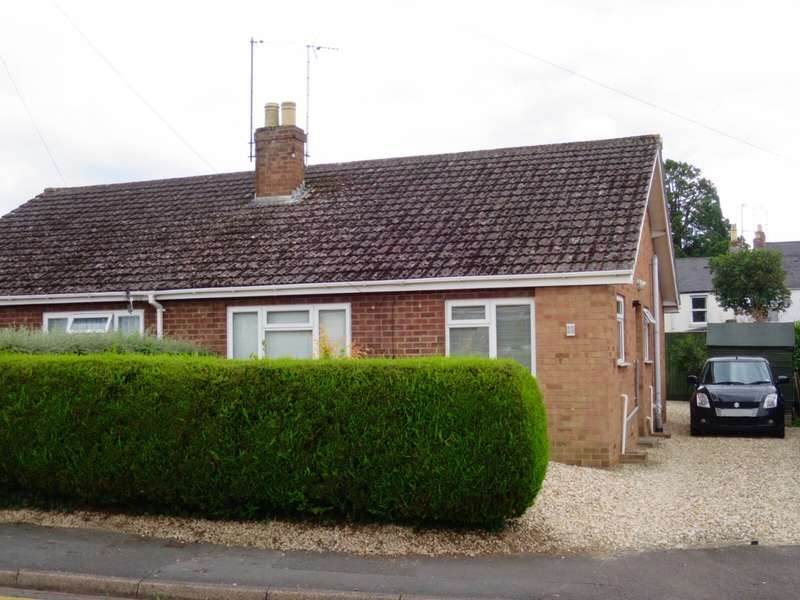 2 Bedrooms Bungalow for sale in Strickland road, Cheltenham, Gloucestershire, GL52