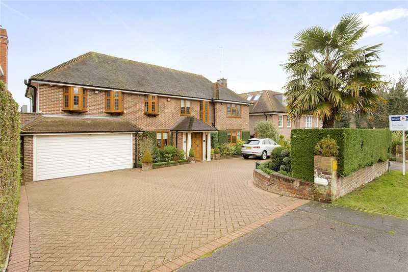 3 Bedrooms Detached House for sale in Prowse Avenue, Bushey Heath, Bushey, Hertfordshire, WD23
