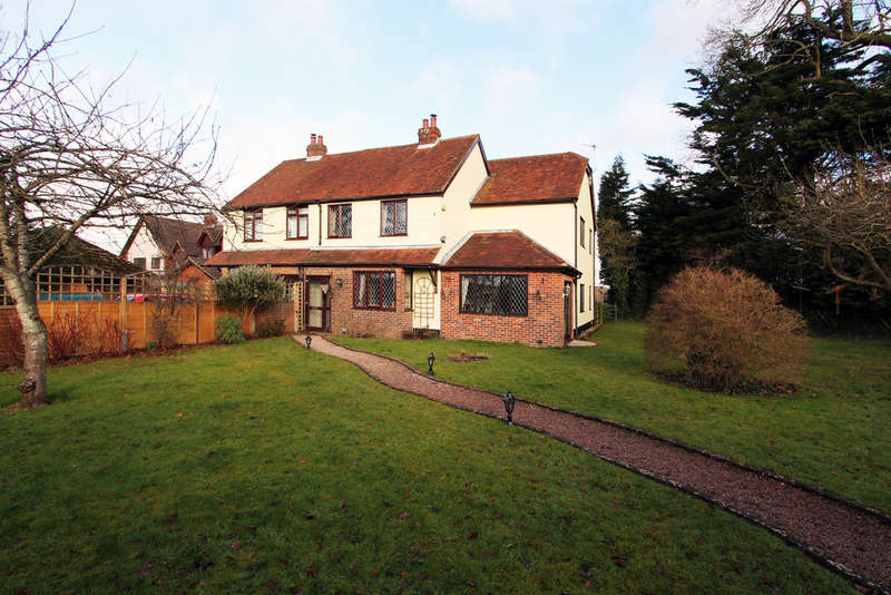 4 Bedrooms Semi Detached House for sale in Botley Road, Shedfield