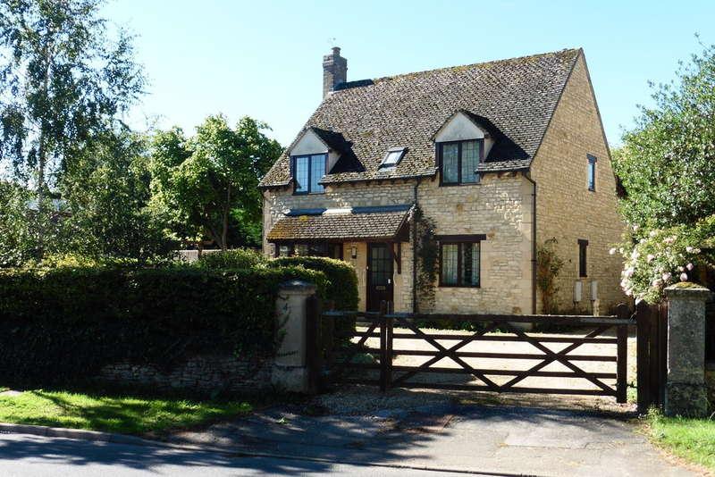 4 Bedrooms Detached House for sale in Kidlington, Oxfordshire
