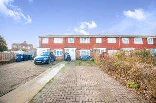 3 Bedrooms Terraced House for sale in Heath Close, Sturry, Canterbury, Kent
