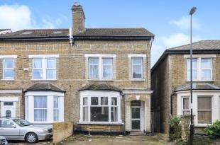 2 Bedrooms Flat for sale in Farquharson Road, Croydon