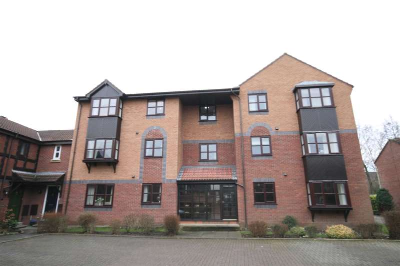 2 Bedrooms Flat for sale in Gilderdale Court, Lytham