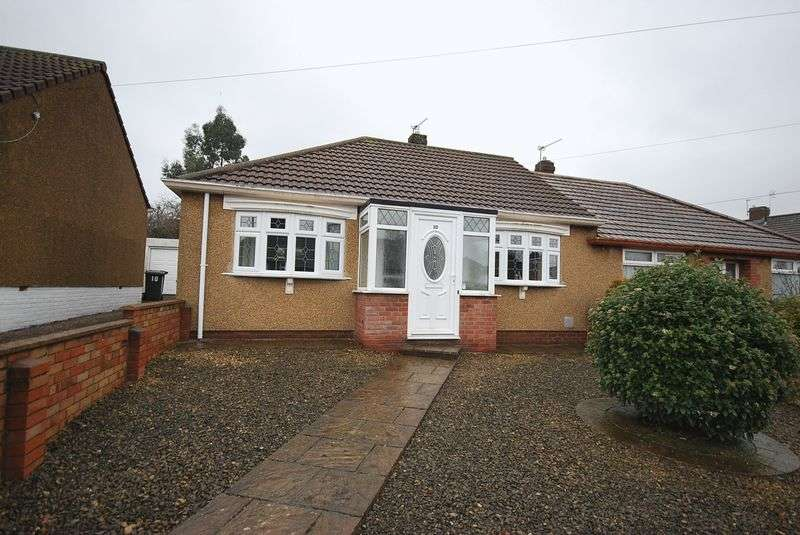 2 Bedrooms Semi Detached Bungalow for sale in Henderson Road, Bristol