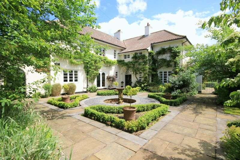 4 Bedrooms Detached House for sale in Airdale Road, Stone