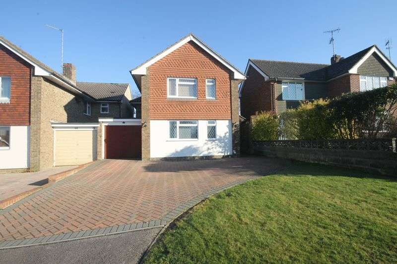 4 Bedrooms Detached House for sale in Marlborough Drive, Burgess Hill, West Sussex