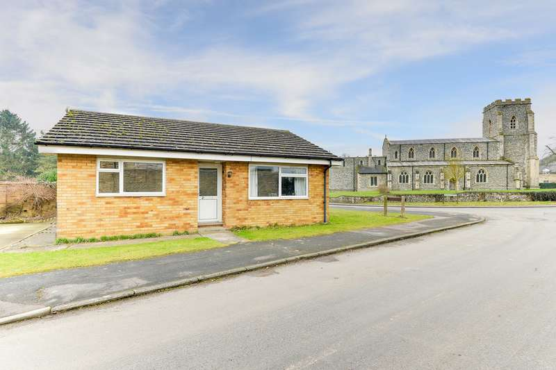 2 Bedrooms Detached Bungalow for sale in Abington Road, Litlington, Royston, SG8