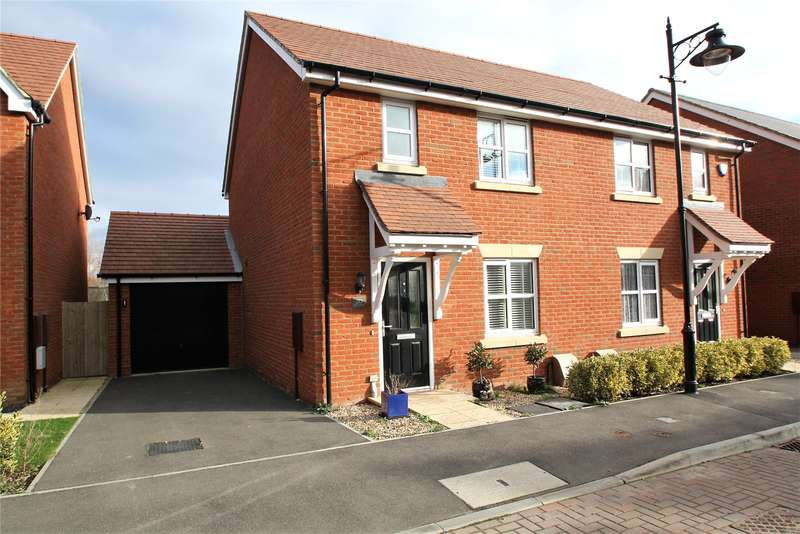 3 Bedrooms Semi Detached House for sale in Robin Road, Goring By Sea, Worthing, BN12