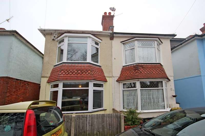 3 Bedrooms Semi Detached House for sale in South Road, Bournemouth