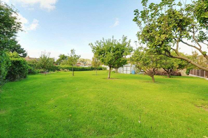 4 Bedrooms Land Commercial for sale in Plot 1 & 2, Pasture Road, Barton-Upon-Humber