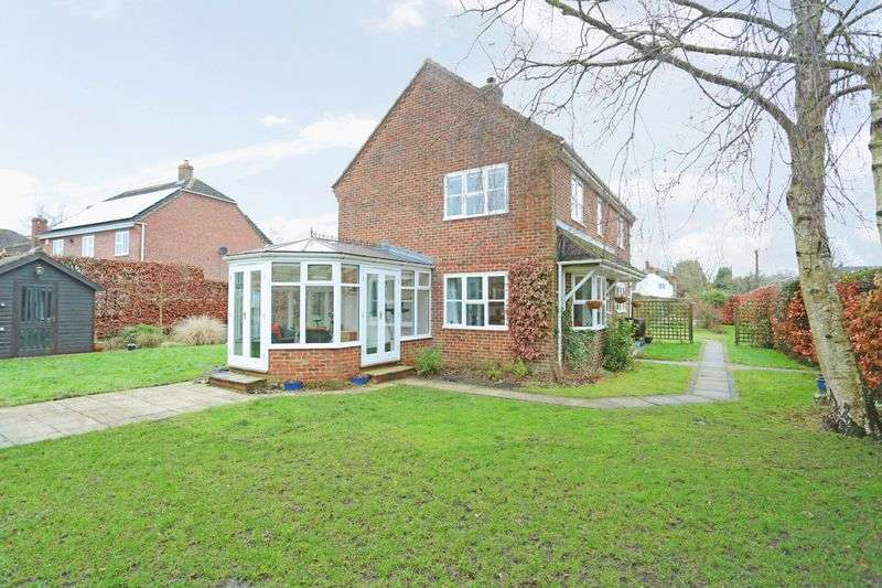 4 Bedrooms Detached House for sale in Chirton, Devizes, Wiltshire, SN10 3PW