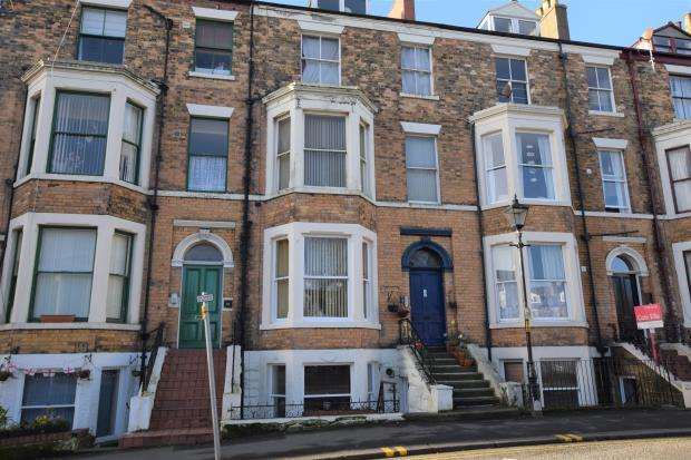 1 Bedroom Apartment Flat for sale in Albemarle Crescent, Scarborough, North Yorkshire YO11 1XX