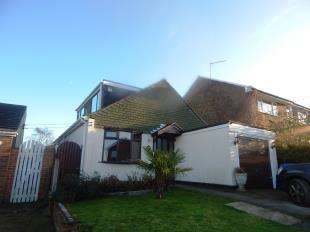 3 Bedrooms Bungalow for sale in Princes Avenue, Minster On Sea, Sheerness, Kent