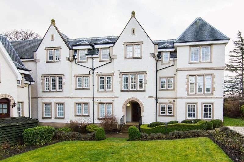 3 Bedrooms Flat for sale in 17/9 Mount Alvernia, Liberton, Edinburgh, EH16 6AW
