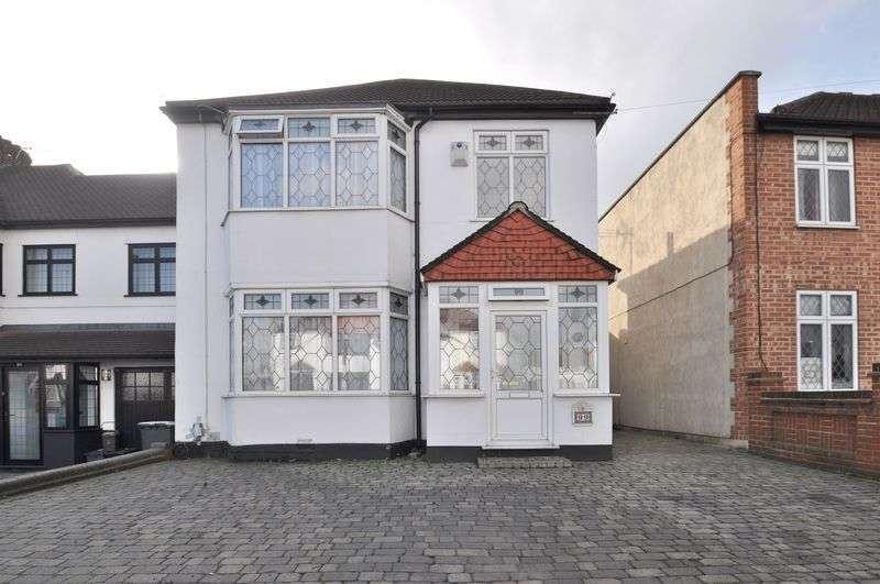 3 Bedrooms Detached House for sale in Blendon Road, Bexley