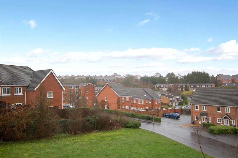 2 Bedrooms Flat for sale in Carnival House, Jubilee Close, Salisbury, Wiltshire, SP2