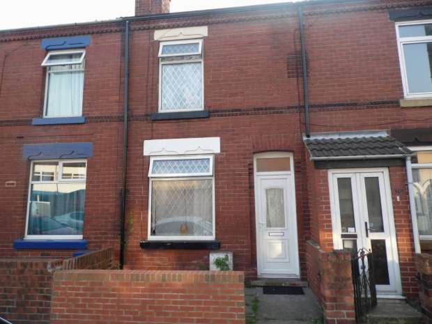 2 Bedrooms Terraced House for sale in Broughton Avenue Bentley Doncaster