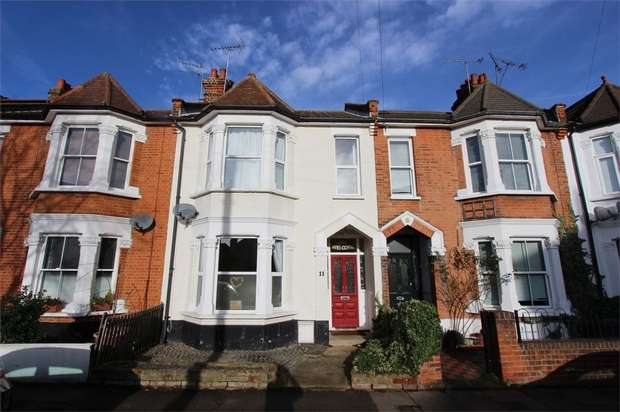 4 Bedrooms Terraced House for sale in Sunningdale Avenue, LEIGH-ON-SEA, Essex