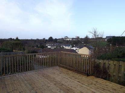 3 Bedrooms Semi Detached House for sale in Brea, Camborne, Cornwall