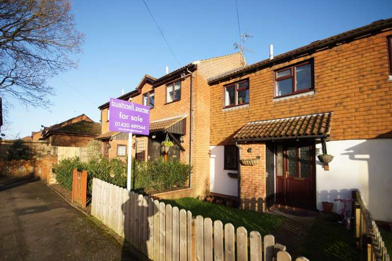 3 Bedrooms Terraced House for sale in Amber Close, Bordon, Hampshire, GU35