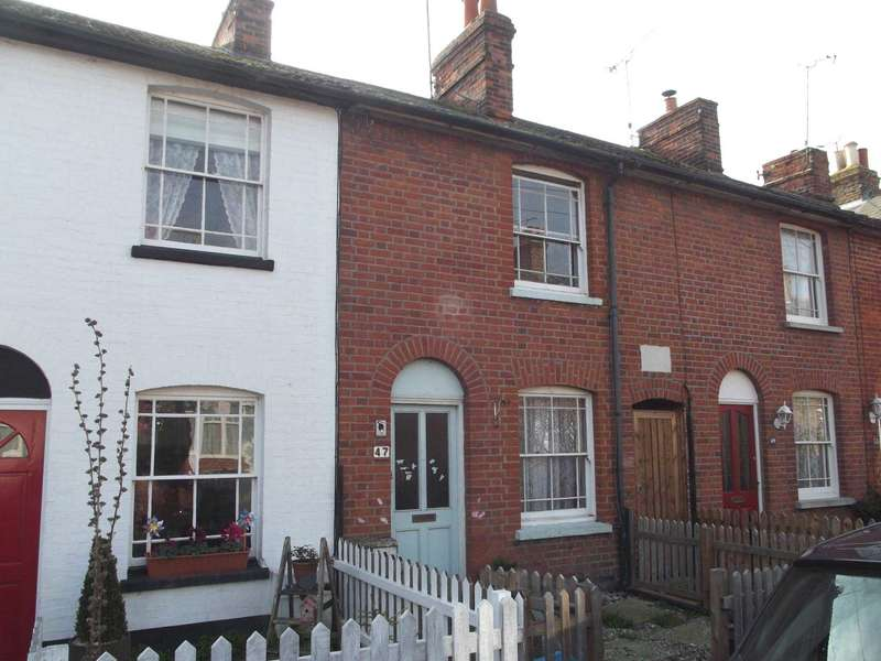 2 Bedrooms Terraced House for sale in Tenterfield Road, Maldon