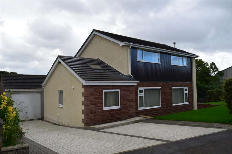 3 Bedrooms Detached House for sale in Derwent Bank, Seaton, Workington