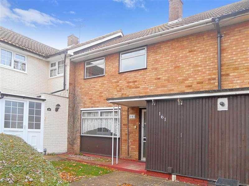 2 Bedrooms Terraced House for sale in Curling Tye, Basildon, Essex