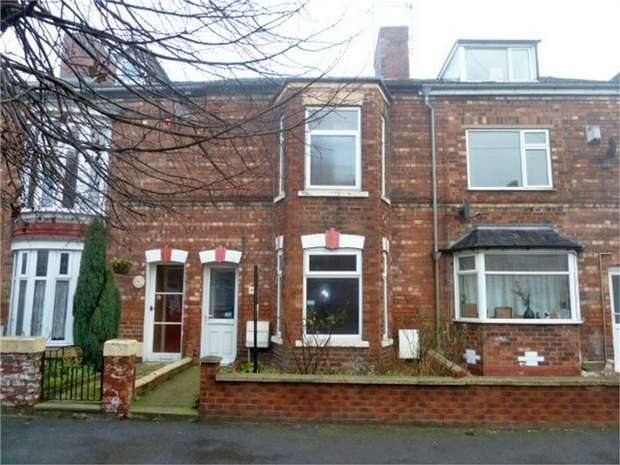 3 Bedrooms Terraced House for sale in Lea Road, Gainsborough, Lincolnshire