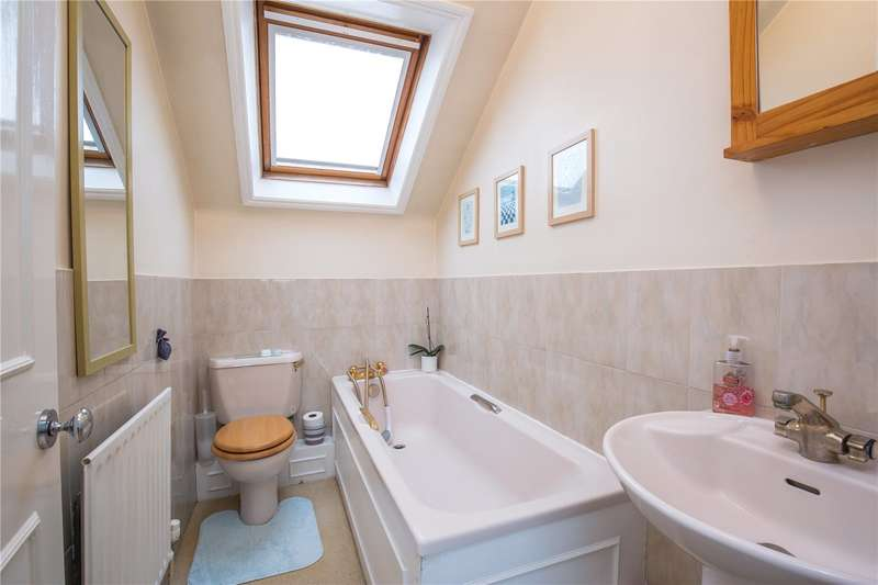 2 Bedrooms Apartment Flat for sale in Etchingham Park Road, Finchley, London, N3