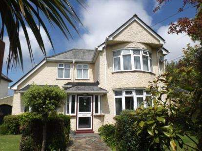 Detached House for sale in Redruth, Cornwall