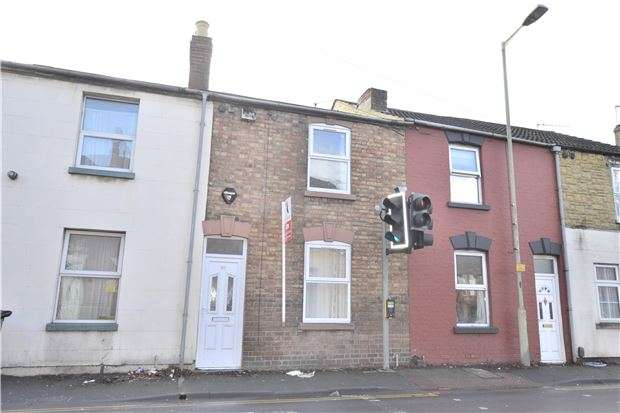2 Bedrooms Terraced House for sale in Tredworth Road, Gloucester, GL1 4QR