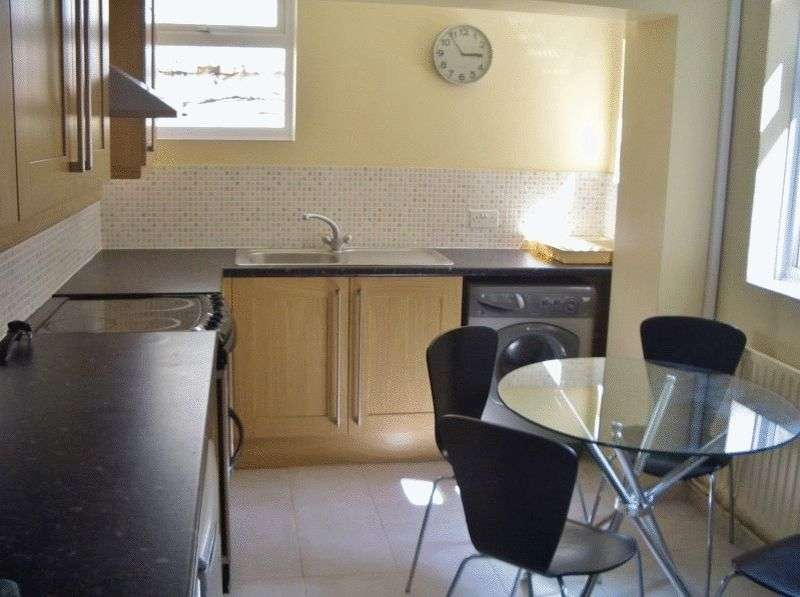 5 Bedrooms House for rent in Shanklin Road, Brighton