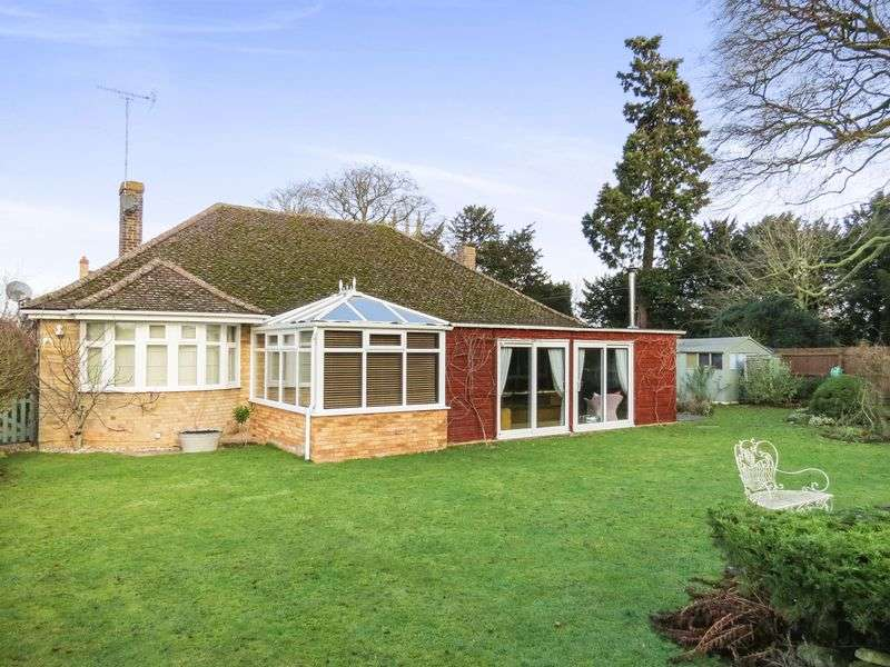 4 Bedrooms Detached Bungalow for sale in Morton