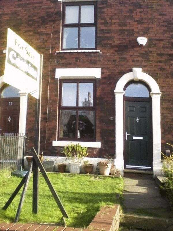 2 Bedrooms Terraced House for sale in Top Street, Oldham