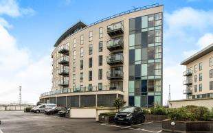 2 Bedrooms Flat for sale in Oarsman House, Wainwright Avenue, Greenhithe, Kent