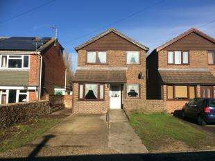 3 Bedrooms House for sale in Joyces Cottages, Southover Way, Hunston, Chichester