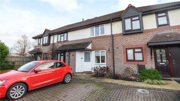 2 Bedrooms Terraced House for sale in Teresa Vale, Warfield