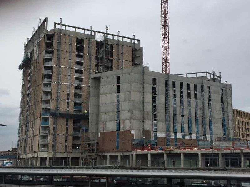 2 Bedrooms Flat for sale in Discovery Tower, Hallsville Quarter, Canning Town, E16