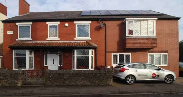 5 Bedrooms Detached House for sale in Welbeck Street, Worksop, Nottinghamshire, S80 4TN