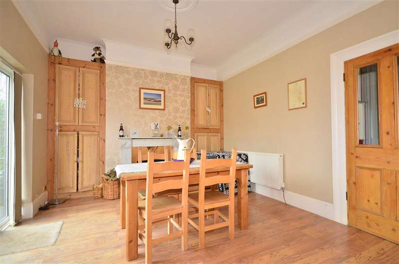3 Bedrooms Semi Detached House for sale in Partlands Avenue, Ryde, Isle of Wight