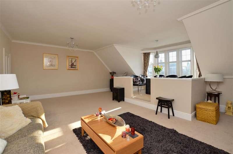 3 Bedrooms Flat for sale in Sandgate Road, Folkestone, Kent