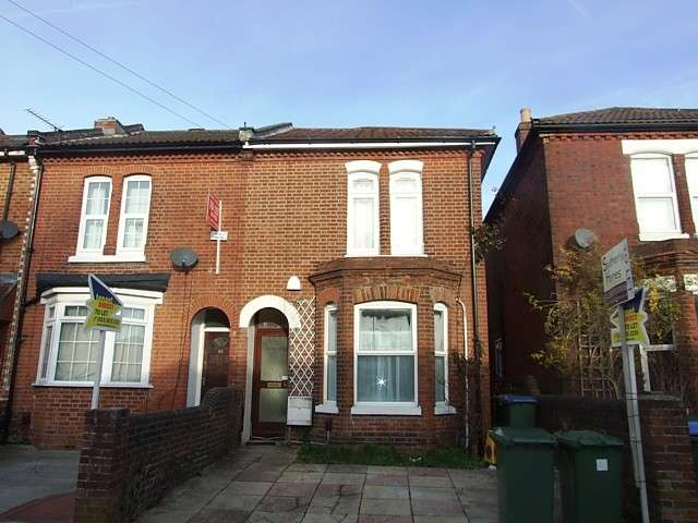 6 Bedrooms House for rent in Portswood