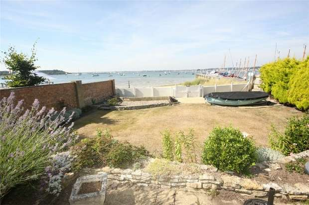 3 Bedrooms Detached Bungalow for sale in Old Coast Guard Road, Sandbanks