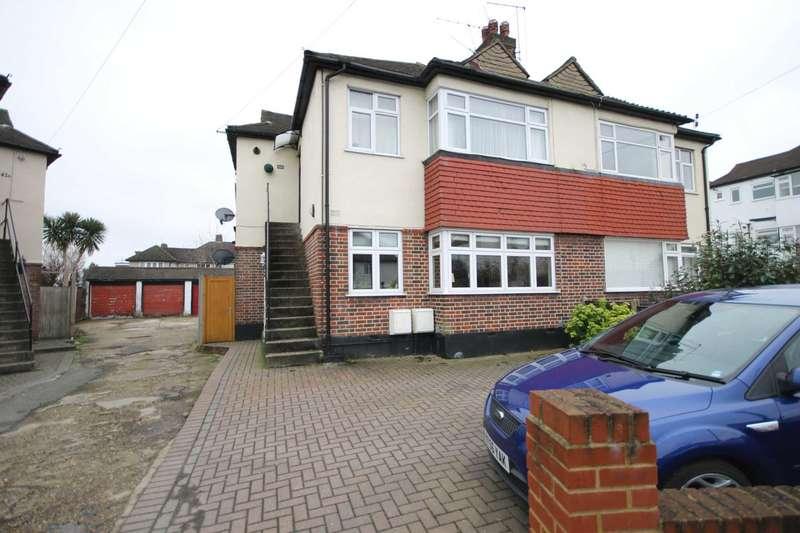 2 Bedrooms Maisonette Flat for sale in Rosebery Close, Morden