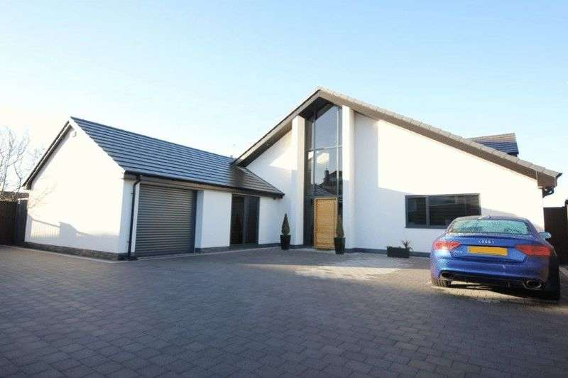 4 Bedrooms Detached House for sale in Links View, Wallasey, Wirral