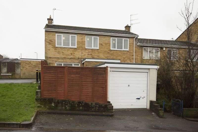 3 Bedrooms Terraced House for sale in Windermere Square, Newport