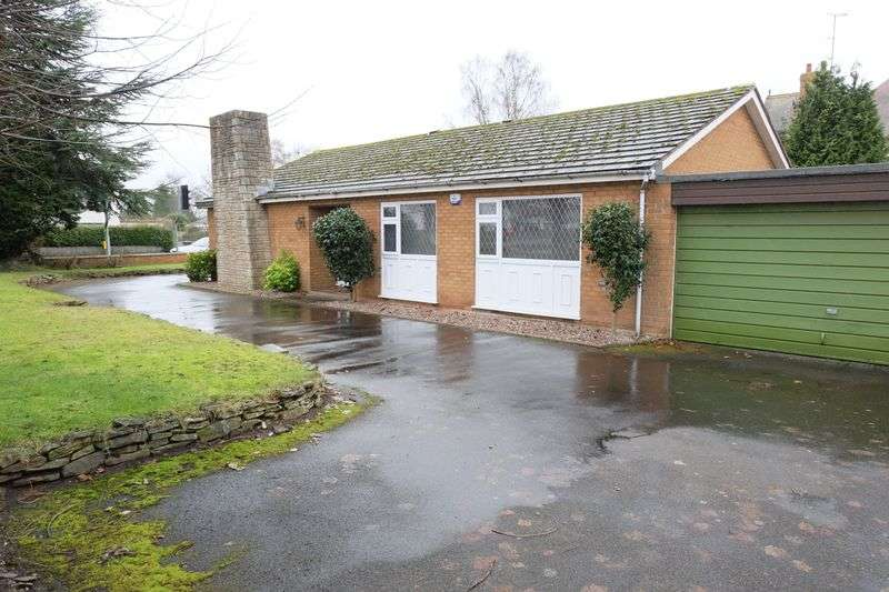 3 Bedrooms Detached Bungalow for sale in Lickhill Road North, Stourport-On-Severn DY13 8RU