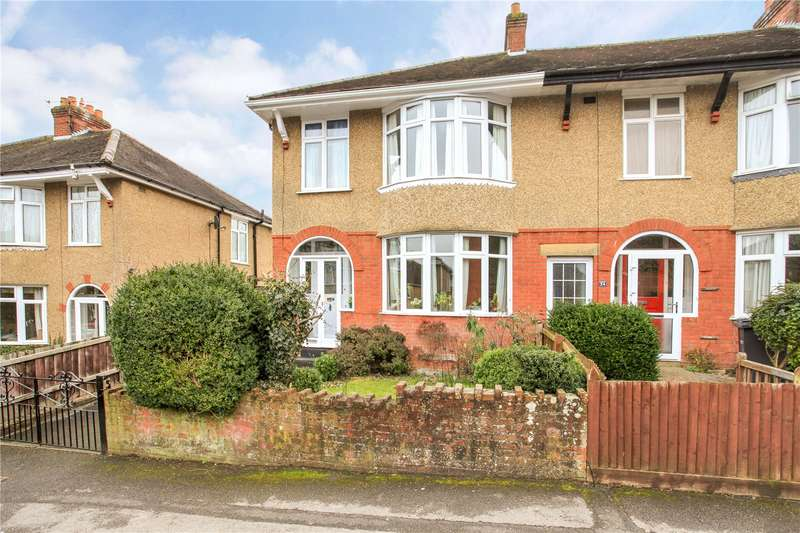 3 Bedrooms Semi Detached House for sale in Saxon Road, Salisbury, Wiltshire, SP2